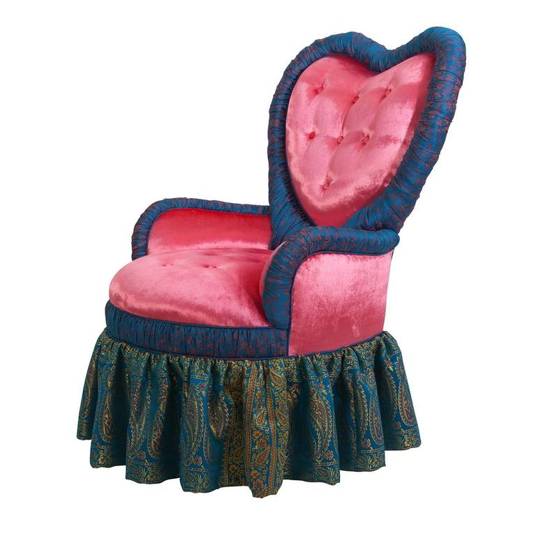 Victorian Heart Chair in Iridescent Pink Velvet and Syrian Damascus Silk In Good Condition For Sale In New York, NY