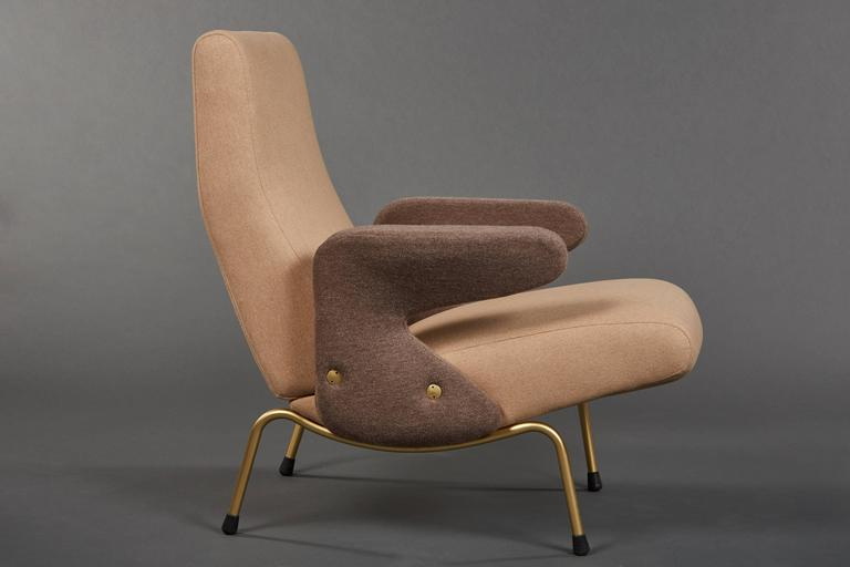 Pair Of Delfino Armchairs By Erberto Carboni