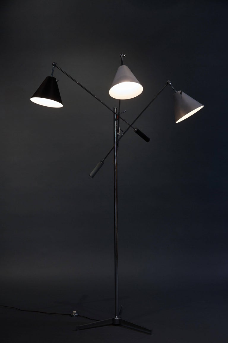 Mid-Century Modern Angelo Lelii Arredoluce Triennale Floor Lamp in Gray, Black and White For Sale