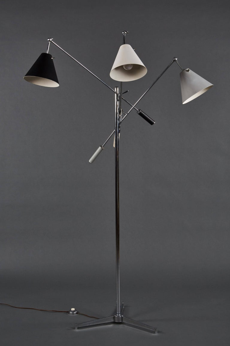 An exceptional Angelo Lelii Arredoluce Triennale floor lamp in