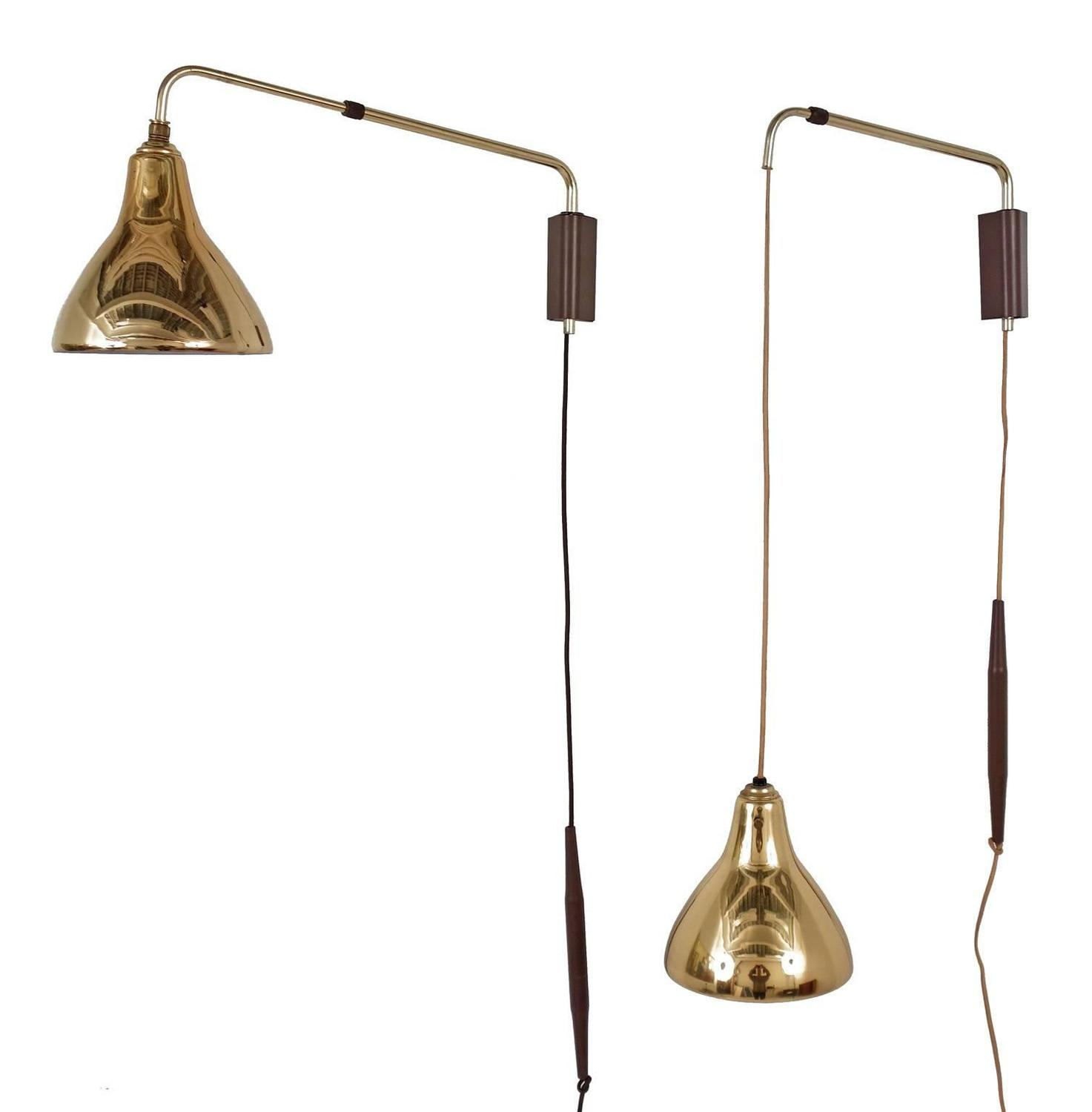 Gerald Thurston Wall Lamps Adjustable Swing Arm at 1stdibs