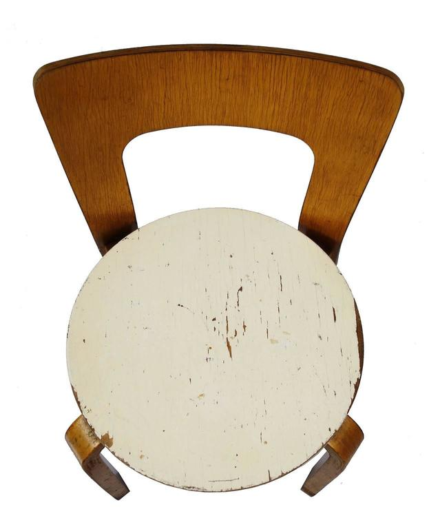 Early Alvar Aalto Chair / Stool Model 60 In Good Condition In BROOKLYN, NY