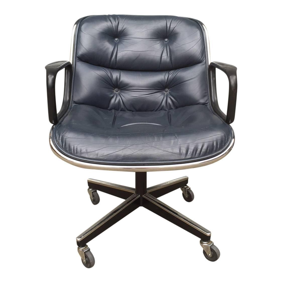 charles pollock for knoll office chairs in blue leather four available