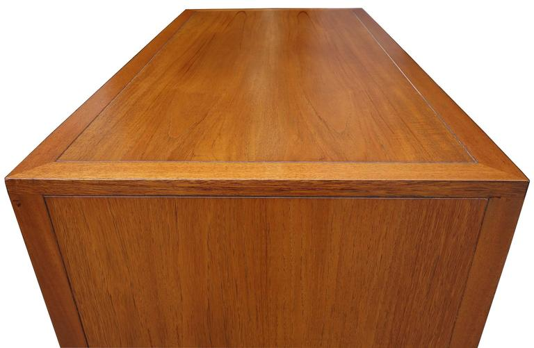 Mid-20th Century Mid-Century Harvey Probber Gentleman's Chest For Sale