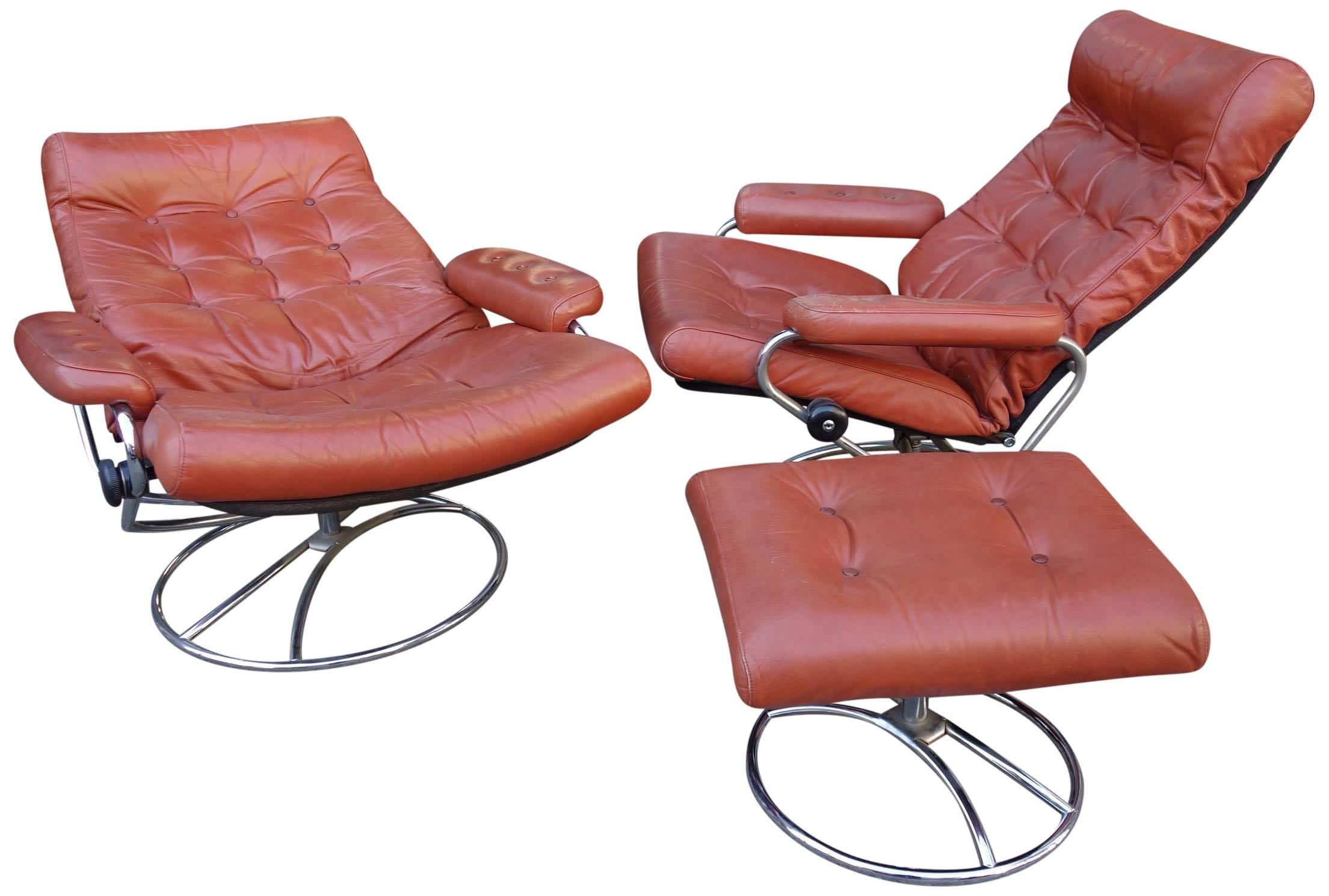 Midcentury Reclining Stress Less Lounge Chairs And Ottoman By Ekornes In  Good Condition For Sale In