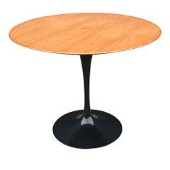 Knoll Saarinen Tulip Table