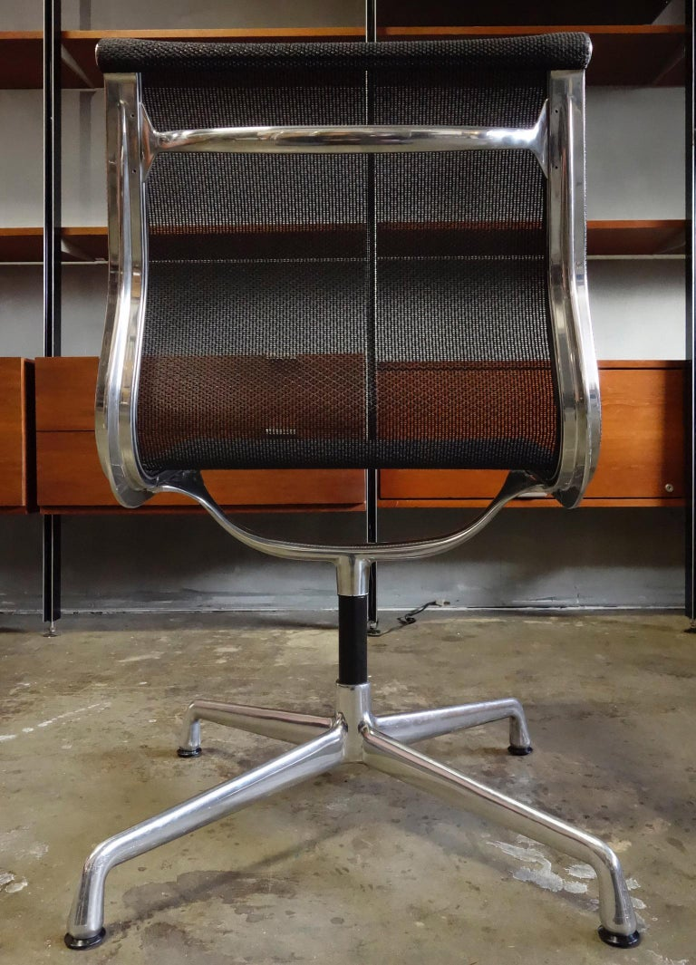 20th Century Eames Aluminum Group Side Chair for Herman Miller For Sale