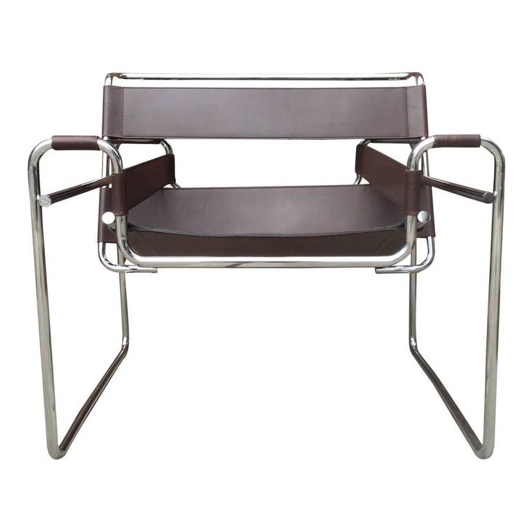 Etonnant Bauhaus Authentic Wassily Chairs By Marcel Breuer Produced By Gavina  Imported By Knoll For Sale