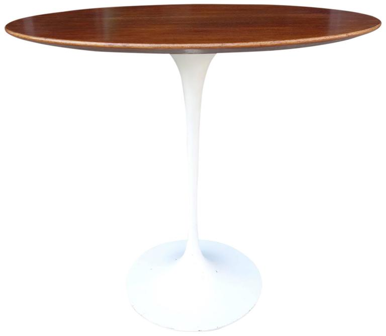 Mid Century Saarinen Tulip Side Table For Knoll At 1stdibs
