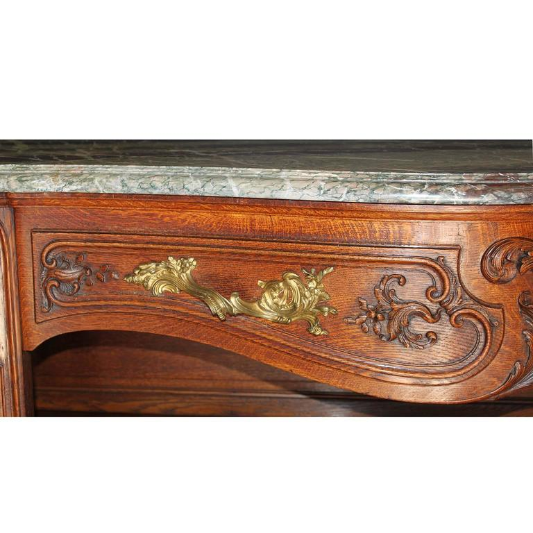 french baroque 19th century louis xv style finely carved walnut buffet console for sale at 1stdibs. Black Bedroom Furniture Sets. Home Design Ideas