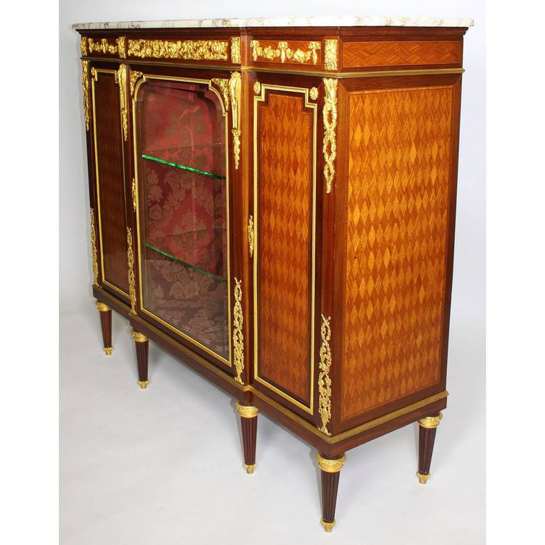 Early 20th Century French 19th-20th Century Louis XVI Style Ormolu-Mounted Kingwood Vitrine Cabinet For Sale