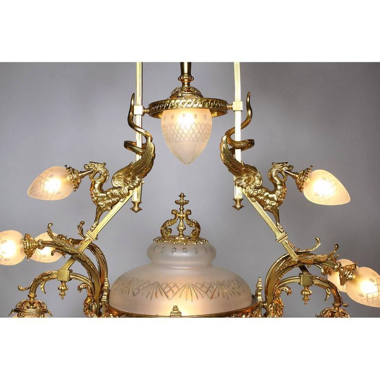 Frosted French Belle Epoque 19th-20th Century Neoclassical Style Gilt-Bronze Chandelier For Sale