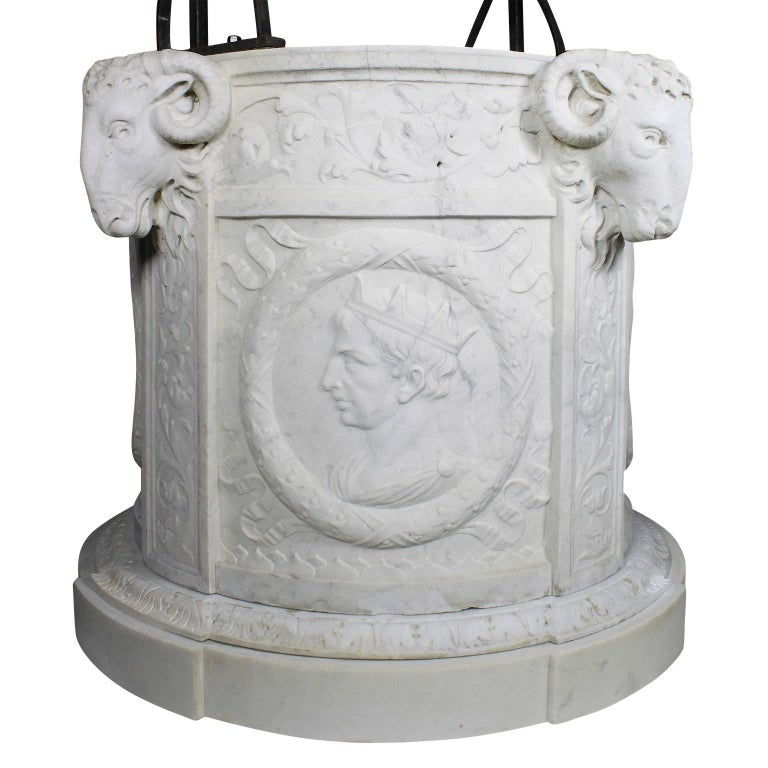 Italian 19th Century Carved Carrara Marble and Wrought Iron Wishing Well Head In Good Condition For Sale In Los Angeles, CA