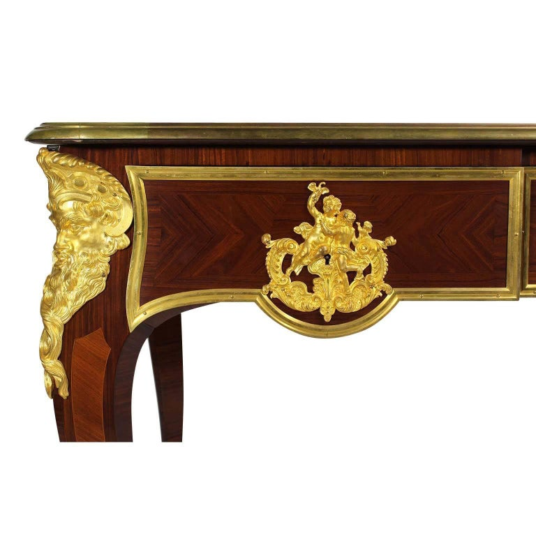 French 19th Century Louis XV Style Ormolu-Mounted Bureau Plat Desk For Sale 1