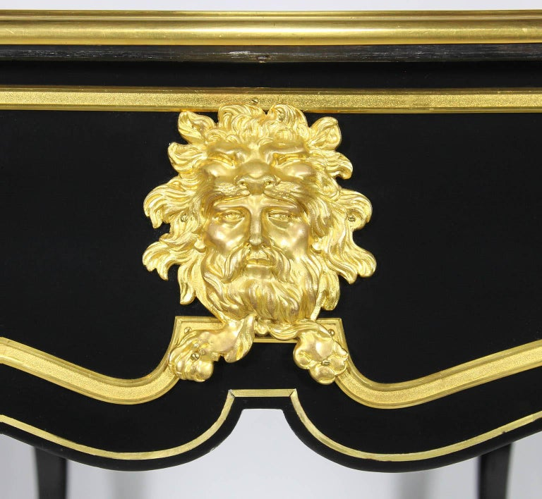 French 19th Century Louis XV Style Ebonized Wood and Gilt Bronze-Mounted Desk For Sale 5