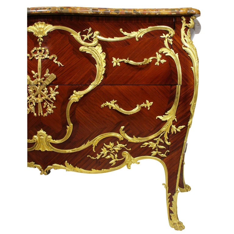 Belle Époque French 19th-20th Century Louis XV Style Ormolu-Mounted Commode For Sale