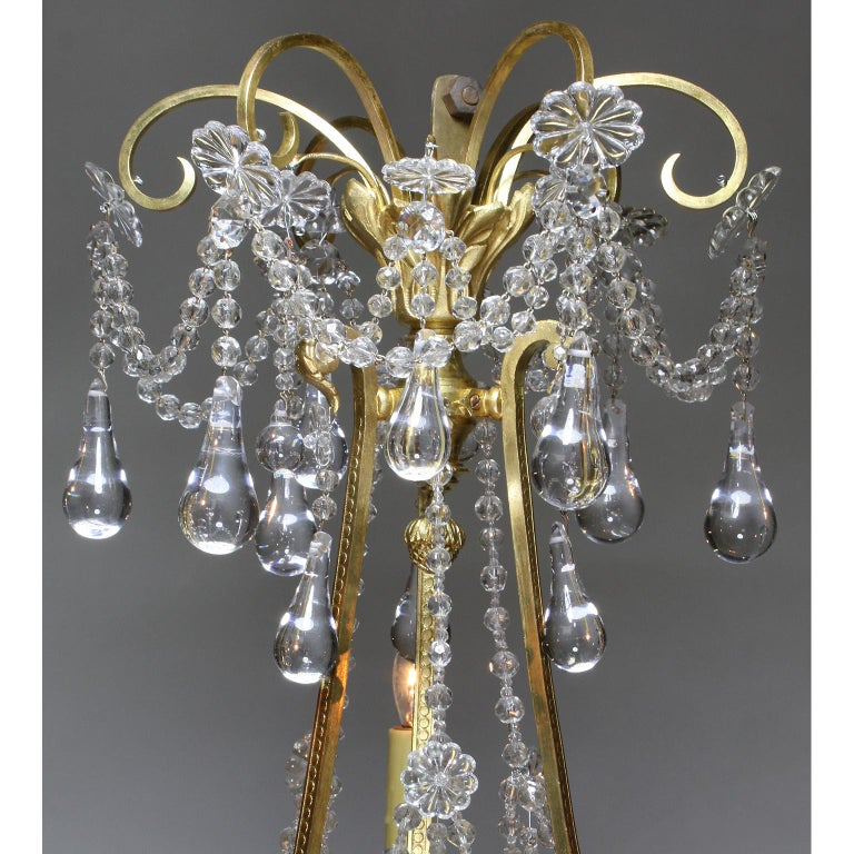 Brass Fine French Belle Époque 19th-20th Century Gilt-Bronze and Cut-Glass Chandelier For Sale