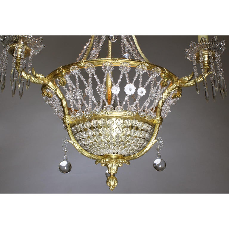 Fine French Belle Époque 19th-20th Century Gilt-Bronze and Cut-Glass Chandelier In Excellent Condition For Sale In Los Angeles, CA