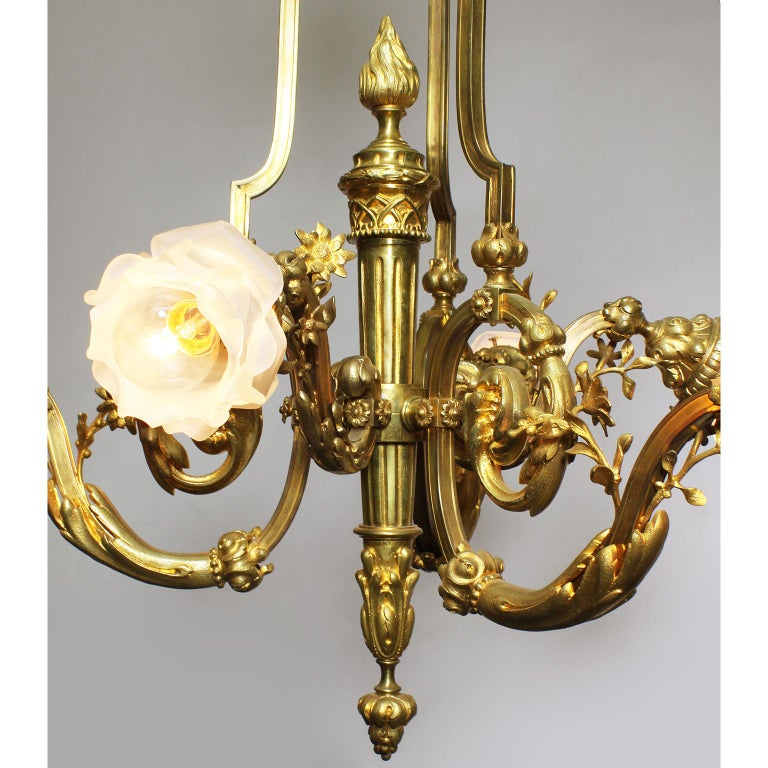 Frosted French Louis XV Style Belle Époque Empire Revival Style Gilt Bronze Chandelier For Sale