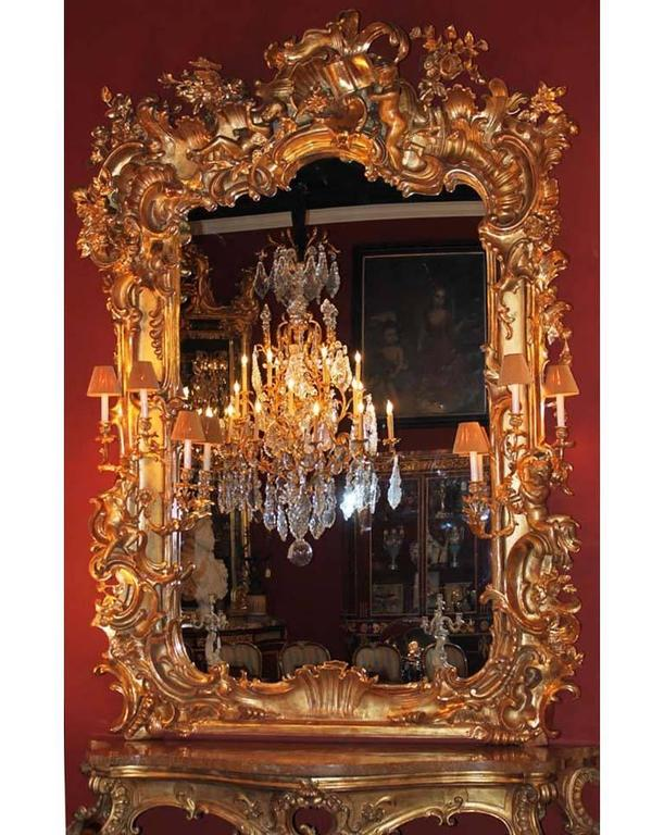 Monumental Italian 19th Century Baroque Giltwood and Gesso Carved Figural Mirror For Sale 7
