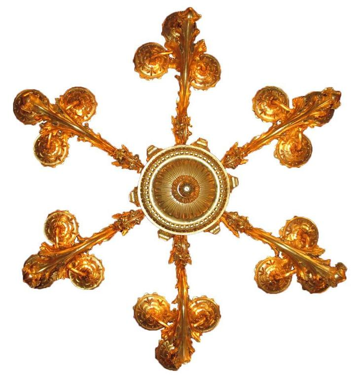 Palatial Italian 19th Century Florentine Rococo Giltwood Carved Chandelier For Sale 3