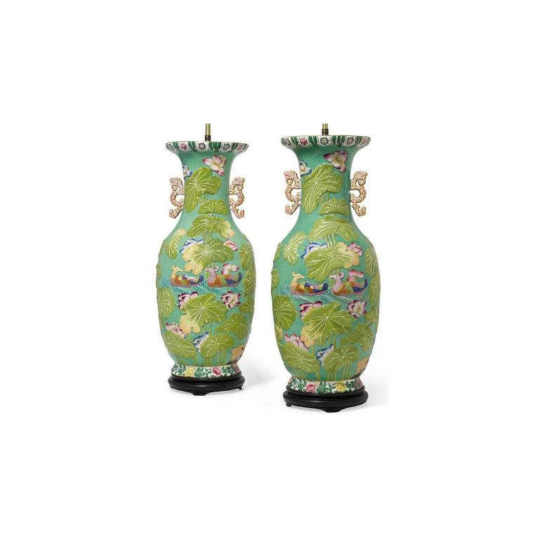 Pair of English 19th-20th Century Chinoiserie Style Porcelain Vases Table Lamps 6