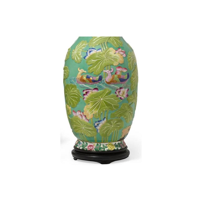 Pair of English 19th-20th Century Chinoiserie Style Porcelain Vases Table Lamps 7