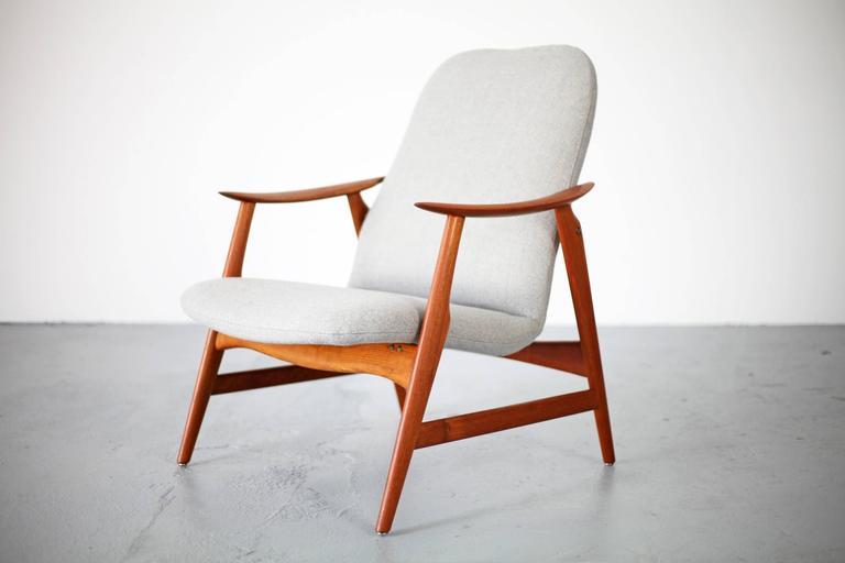 Two Mid-Century Modern Teak Easy Chairs 3