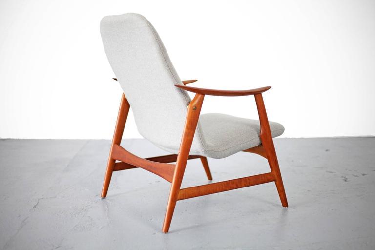 Two Mid-Century Modern Teak Easy Chairs 5