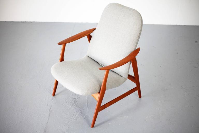 Two Mid-Century Modern Teak Easy Chairs 9