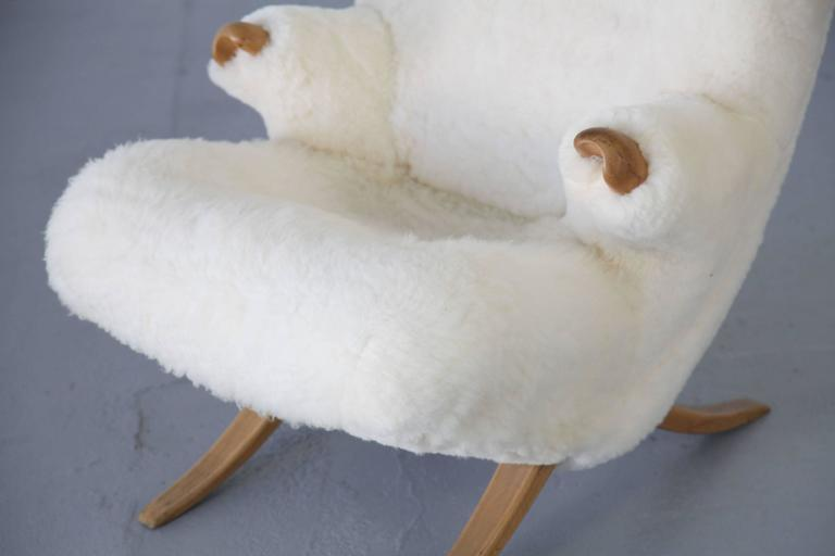 Organic Design Lounge Chair with Sheepskin, 1950s For Sale 1
