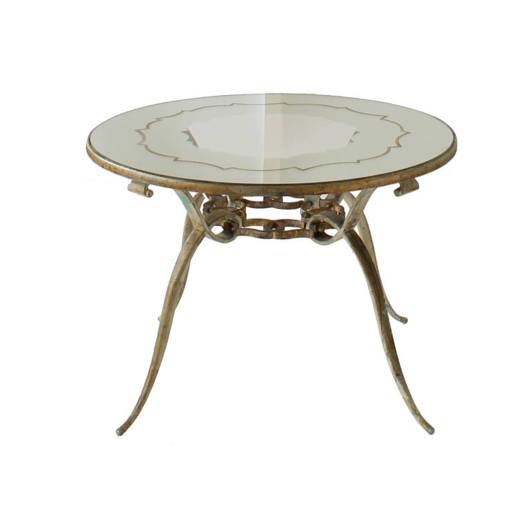 Hollywood Regency Round Mirrored And Clear Pattern Coffee Table In Gilt Metal For Sale At 1stdibs