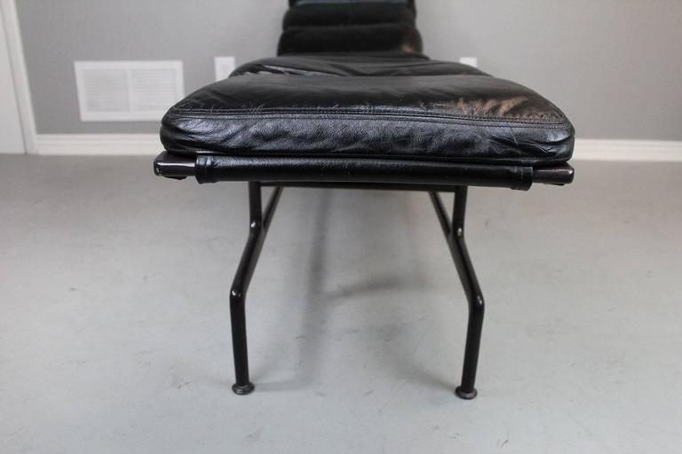 Billy wilder chaise lounge by charles and ray eames at 1stdibs for Chaises charles et ray eames