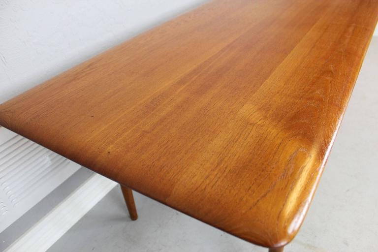 Peter Hvidt Solid Teak Coffee/Cocktail Table for France & Sons In Excellent Condition For Sale In Phoenix, AZ