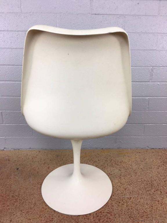 Saarinen tulip chairs by knoll for sale at 1stdibs - Tulip chairs for sale ...