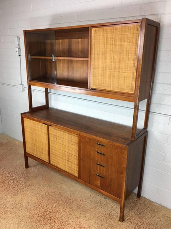 florence knoll credenza hutch for sale at 1stdibs. Black Bedroom Furniture Sets. Home Design Ideas
