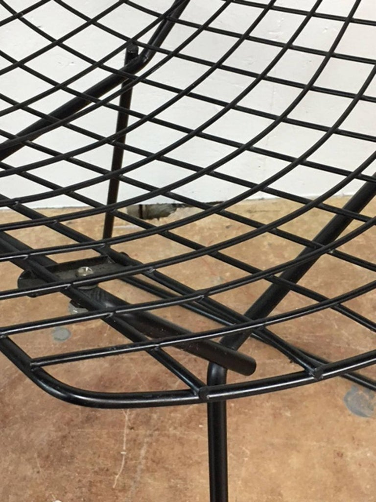 Mid-20th Century Harry Bertoia Black Wire Side Chair for Knoll For Sale