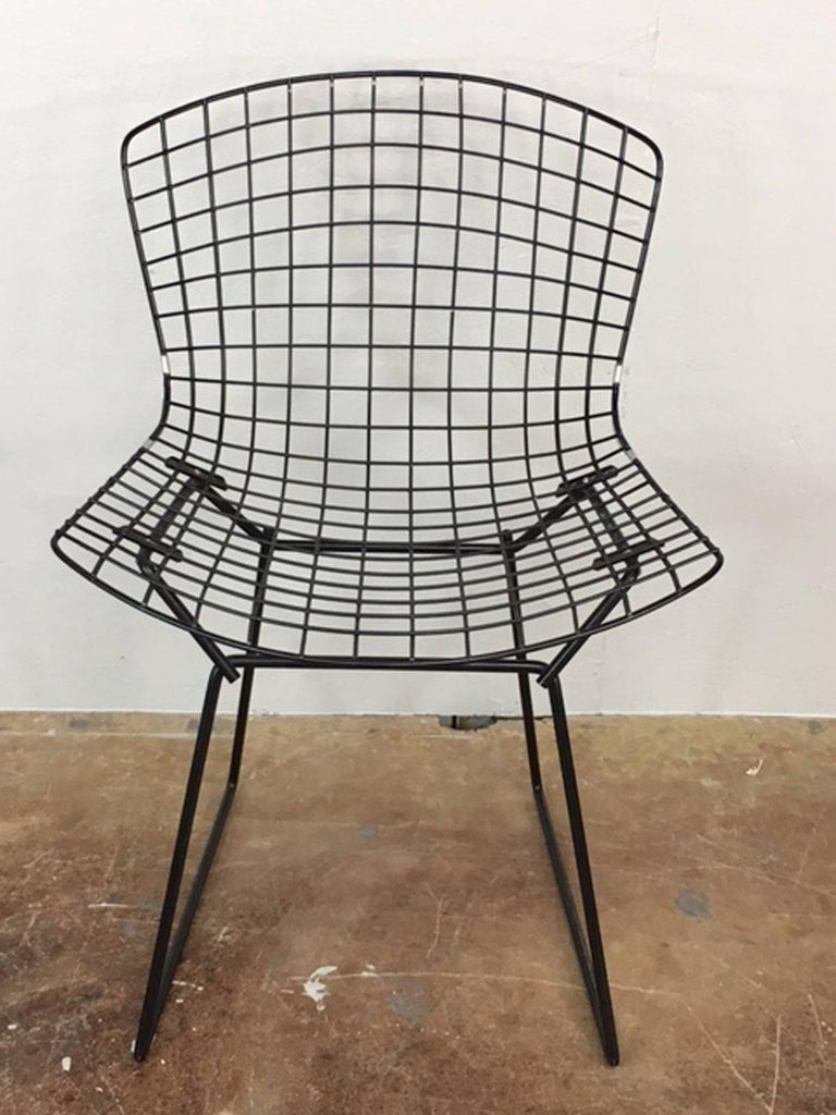 Mid-Century Modern Harry Bertoia Black Wire Side Chair for Knoll For Sale