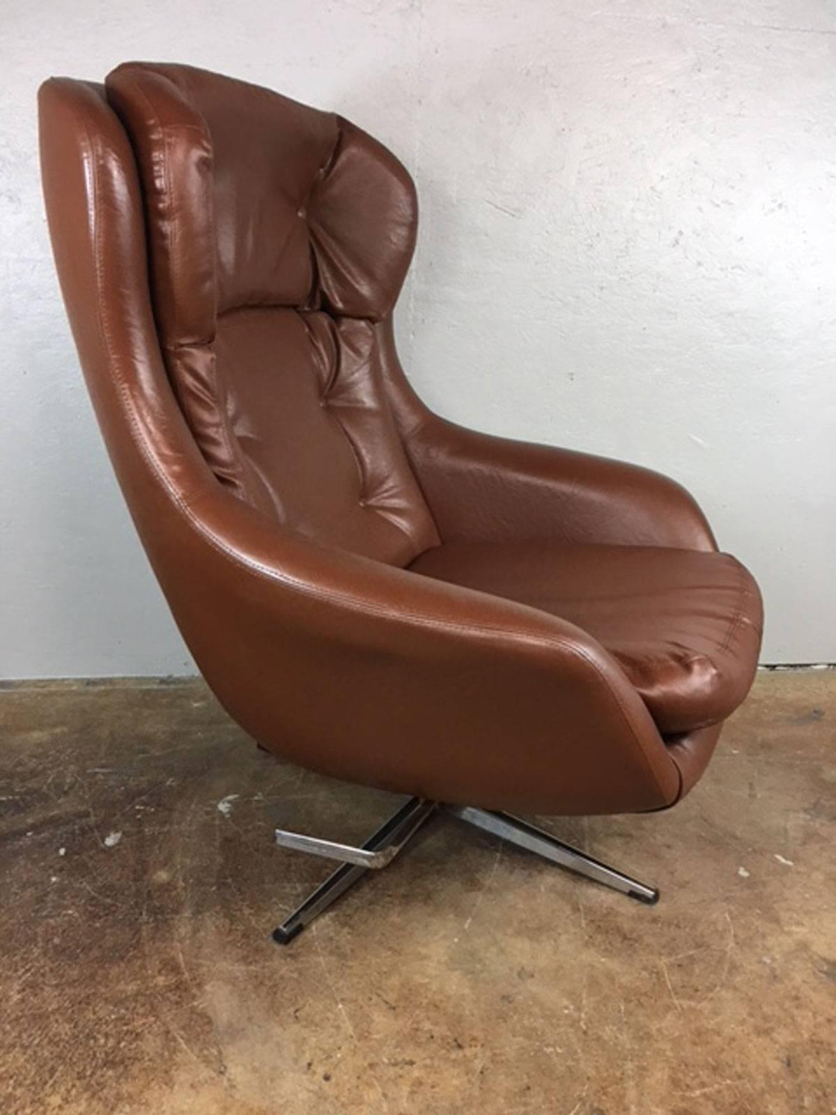 1960s Brown Leather Lounge Chair And Ottoman By Selling. All Original. No  Rips,