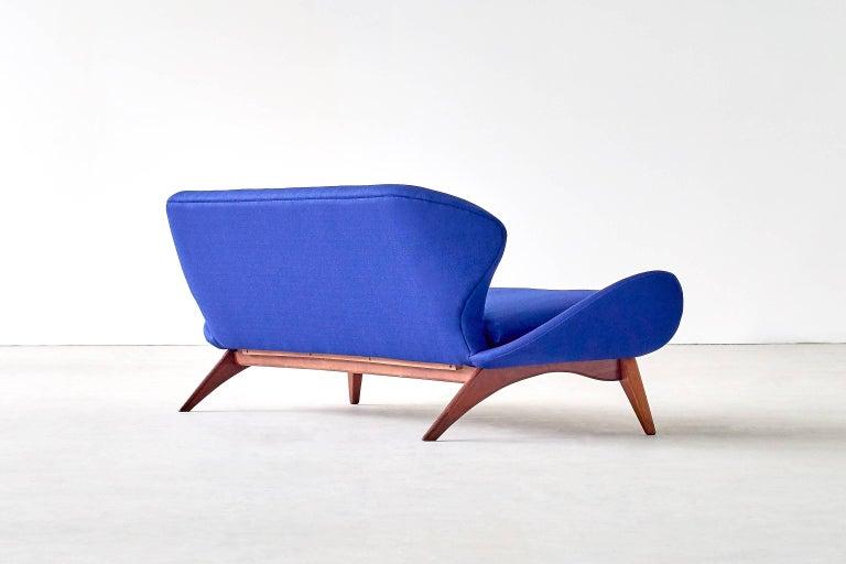 Mid-20th Century Exceptional Luigi Tiengo Sofa for Cimon Montréal, 1963 For Sale