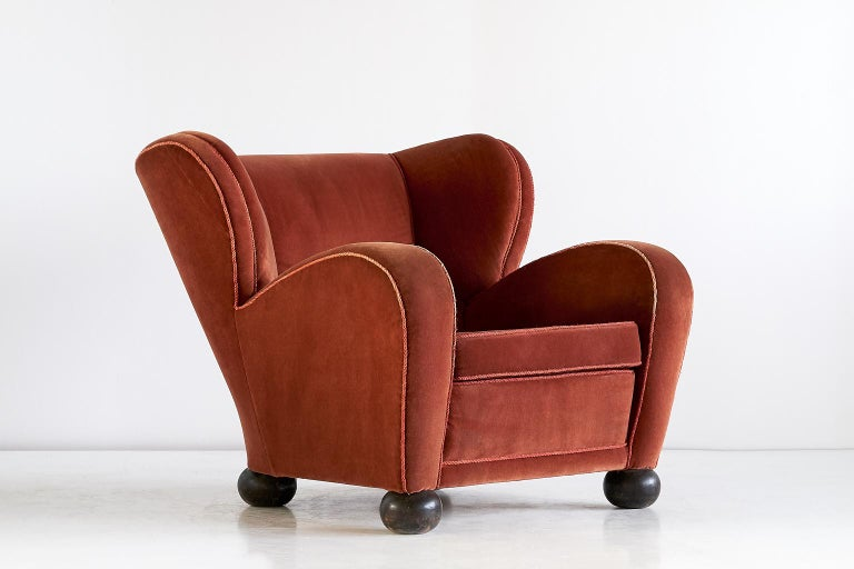 Märta Blomstedt Armchair in Mohair Designed for Hotel Aulanko, Finland, 1939 For Sale 1