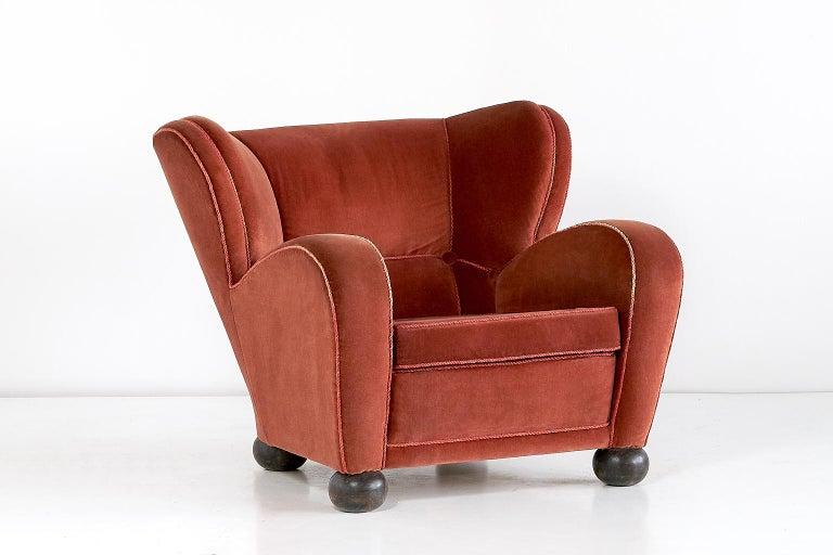 Märta Blomstedt Armchair in Mohair Designed for Hotel Aulanko, Finland, 1939 For Sale 3