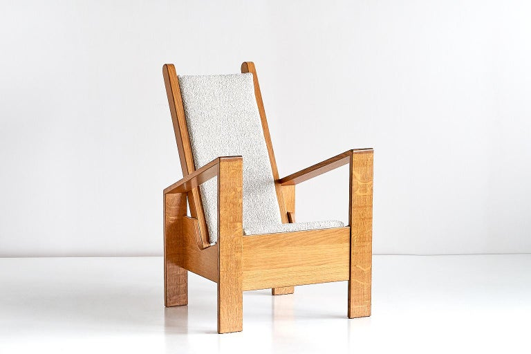 Modernist Armchair in Solid Oak and Ivory Lelièvre Fabric, France, 1940s In Excellent Condition For Sale In The Hague, NL