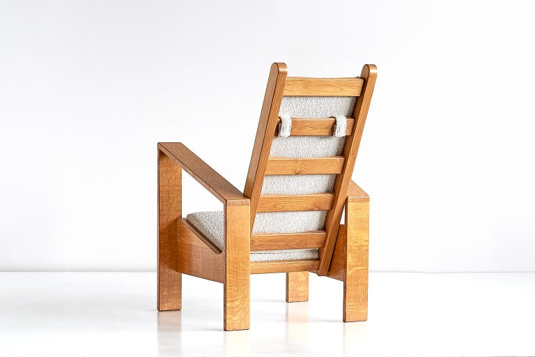 Modernist Armchair in Solid Oak and Ivory Lelièvre Fabric, France, 1940s For Sale 1