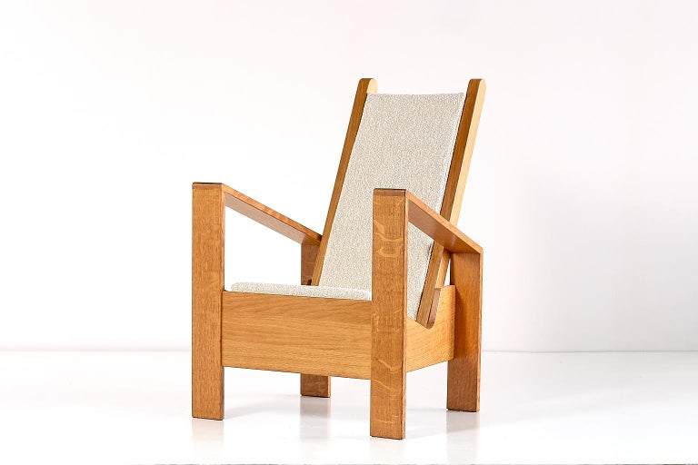 Modernist Armchair in Solid Oak and Ivory Lelièvre Fabric, France, 1940s For Sale 2
