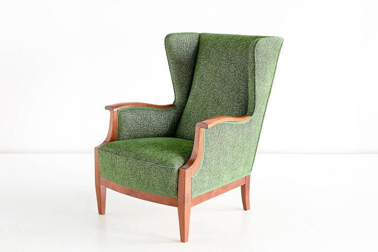 Mid-20th Century 1930s Frits Henningsen Wingback Chair For Sale