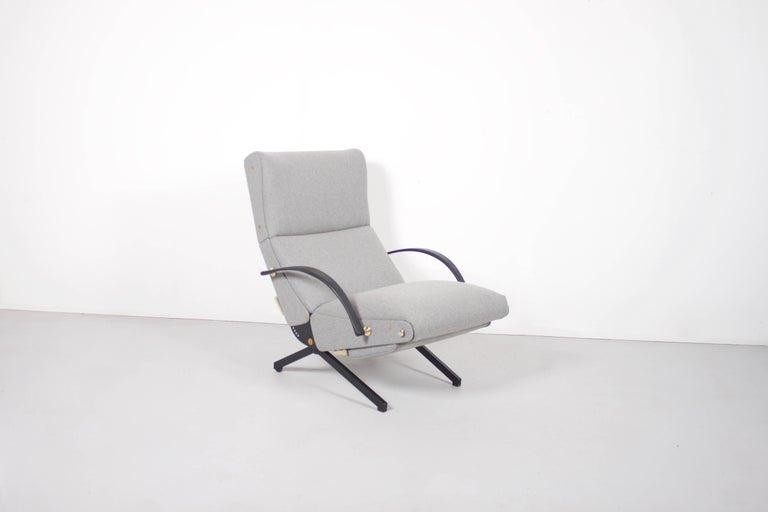 Italian P40 Lounge Chair by Osvaldo Borsani for Tecno with New Upholstery, 1954 For Sale