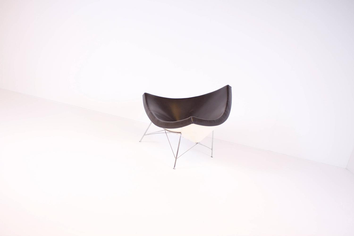 vitra coconut chair by george nelson in brown leather for sale at 1stdibs. Black Bedroom Furniture Sets. Home Design Ideas