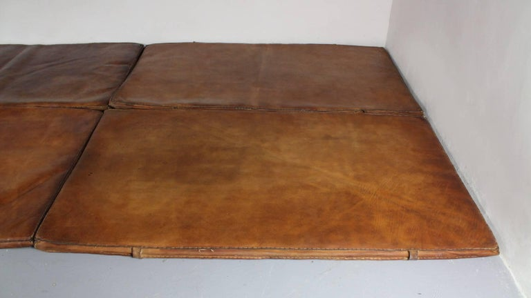 Set of Four Leather Gym Mats, 1940s In Good Condition For Sale In Cimelice, Czech republic
