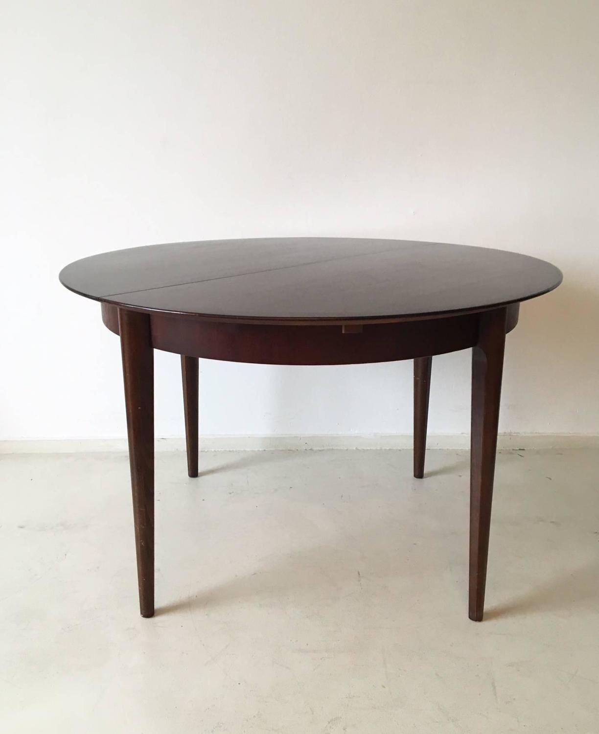 round or oval extendable dining table by lubke 1960s for sale at 1stdibs. Black Bedroom Furniture Sets. Home Design Ideas